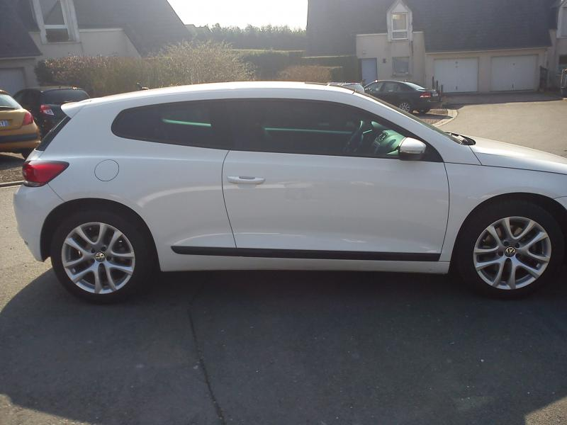 volkswagen scirocco 1 4 160 tsi sportline d 39 occasion coup essence de 2010 en vente caen. Black Bedroom Furniture Sets. Home Design Ideas