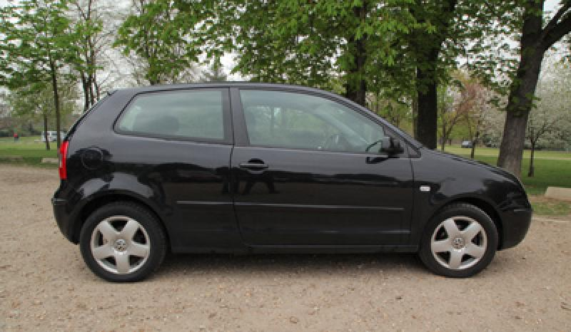 volkswagen polo match 1 2 65ch d 39 occasion berline essence de 2004 en vente paris annonce. Black Bedroom Furniture Sets. Home Design Ideas